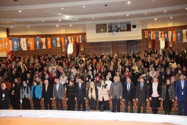 Ak Parti Pendik Kadın Kolları Başkanı Öznur Canayakın oldu 10