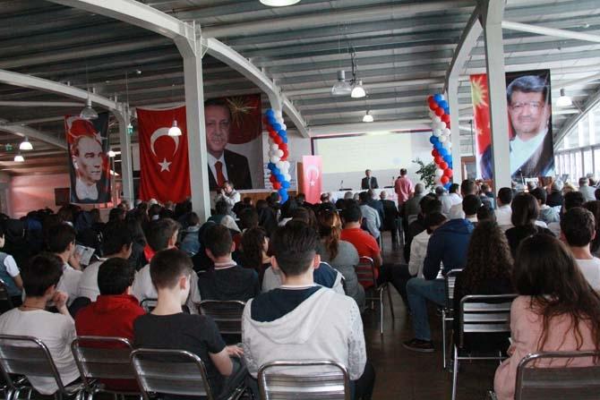 Turgut Özal Balkanlar Kolejinde anıldı! 4