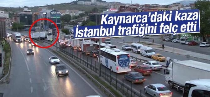 Kaynarca'da Trafik Kazası! İstanbul Trafiği Felç Oldu
