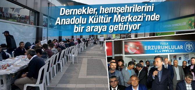 Dernekler, Hemşehrilerini Anadolu Kültür Merkezi'nde Ağırlıyor