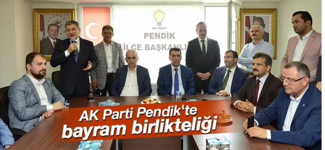 AK Parti Pendik'te Bayramlaşma töreni