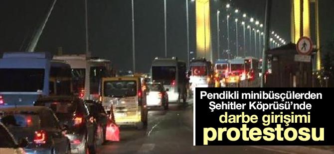 Pendikli Minibüsçülerden Şehitler Köprüsü'nde darbe girişimi protestosu