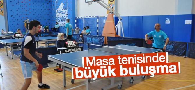 Masa Tenisinde Büyük Buluşma