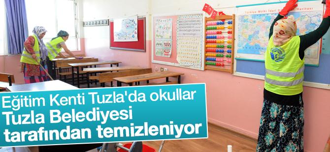 'Eğitim Kenti Tuzla'da Okullar Tuzla Belediyesi Tarafından Temizleniyor
