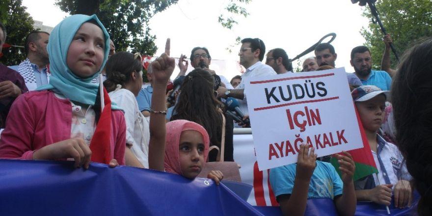 İsrail'in Kudüs kuşatması Bursa'da protesto edildi