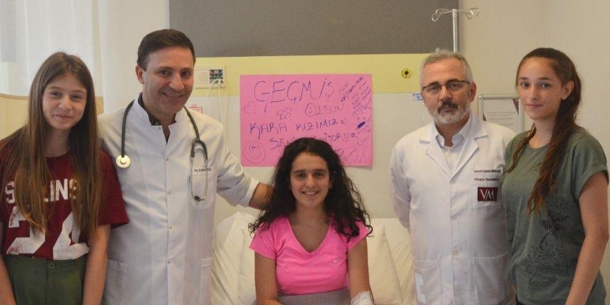 Boğulma tehlikesi geçiren 16 yaşındaki Zeynep hayata tutundu