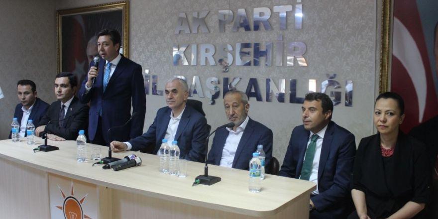 """AK Parti Genel Başkan Yardımcısı Erol Kaya: """"Yerel seçim Mart 2019'da"""""""