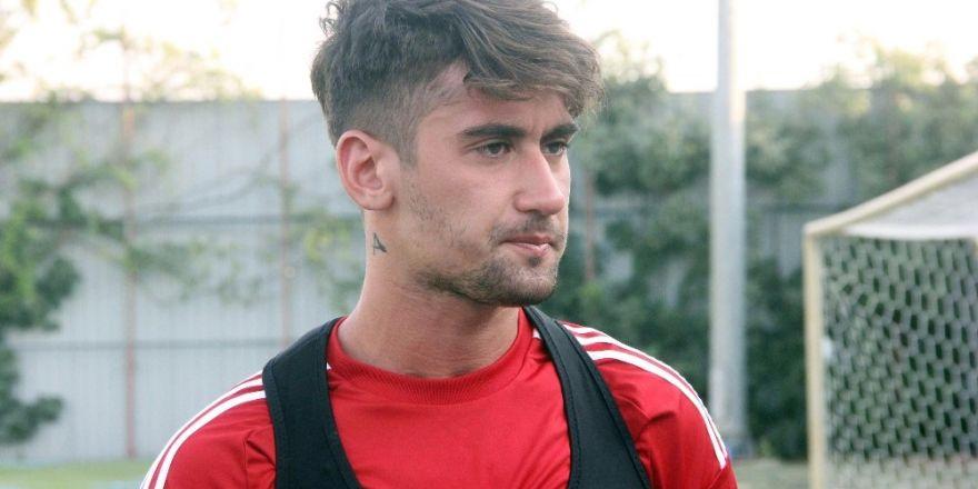 Beşiktaş Oyuncuyu KAP'a Bildirdi