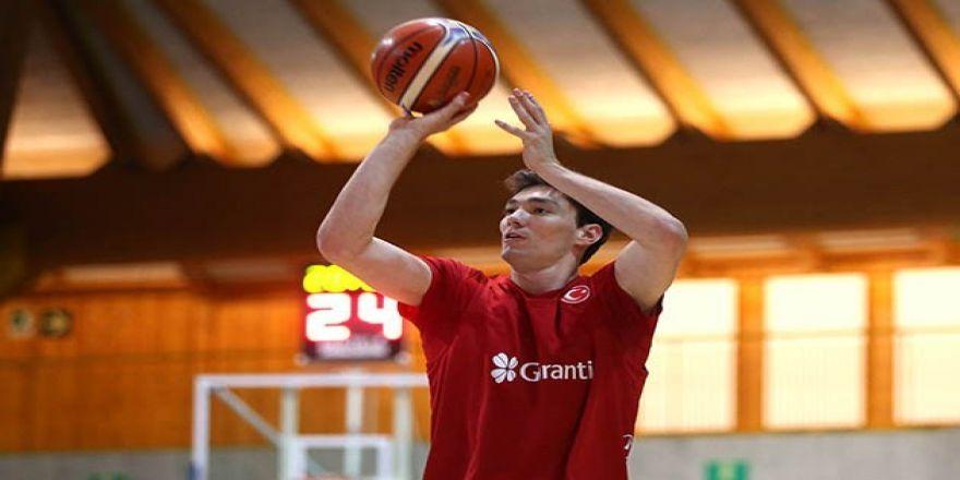 A Milli Erkek Basketbol Takımı, Bormio'da ilk antrenmanını yaptı