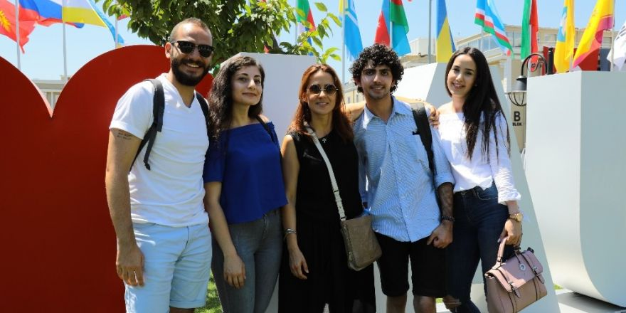 İAÜ'lü hukuk öğrencileri Atina'da eğitim kampında