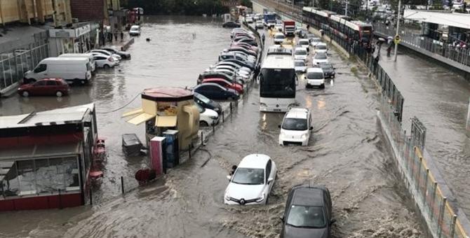 İBB'den sağanak yağmur açıklaması
