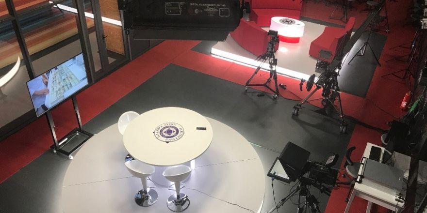 Medyaya yeni nesil iletişimciler
