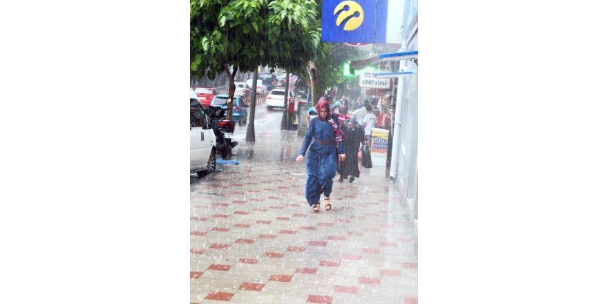 Yağmur yine hazırlıksız yakaladı