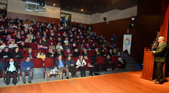 Tuzla Belediyesi düzenlediği eğitimlerle 575 kadına meslek edindirdi