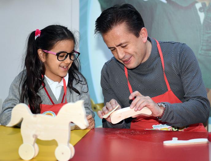 Tuzlalı minik yürekler, Halepli çocuklar için oyuncak yaptı