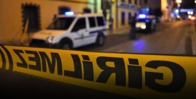 Teröristler saklandığı banyoda el bombası ile kendini patlattı