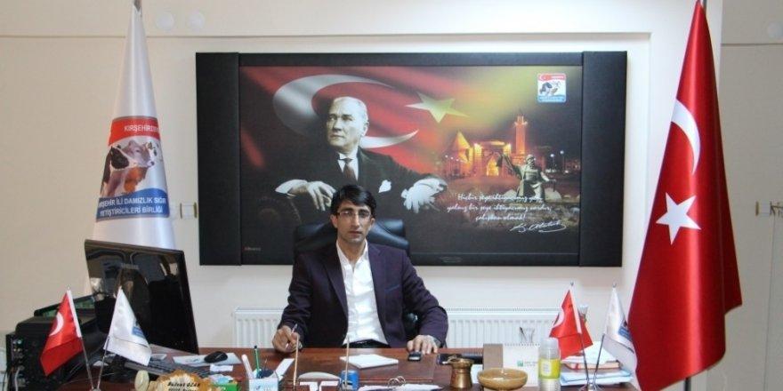 """Damızlık Sığır Yetiştiricileri Birliği Başkanı Bülent Ozan : """"Kurbanlık için Kırşehir'de hayvan sıkıntısı yok"""""""
