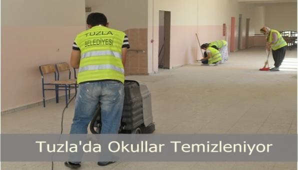 Tuzla Belediyesi Okulları Temizliyor