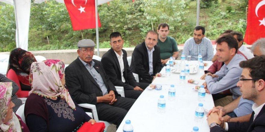 Ömer Halisdemir'in babasından Eren Bülbül'ün ailesine taziye ziyareti