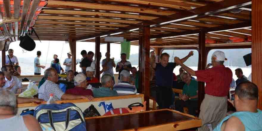 Korkuteli Esnaf Odası, Göcek'e tekne turu düzenledi
