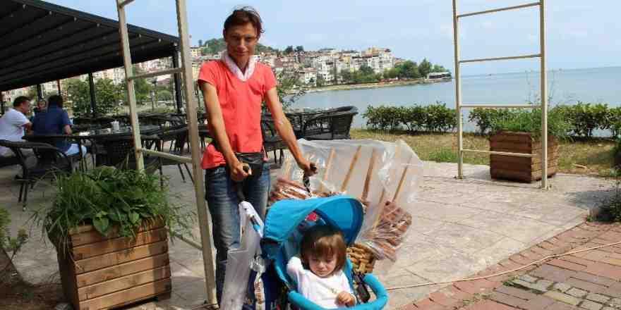 Bebeğinin arabası ekmek teknesi oldu