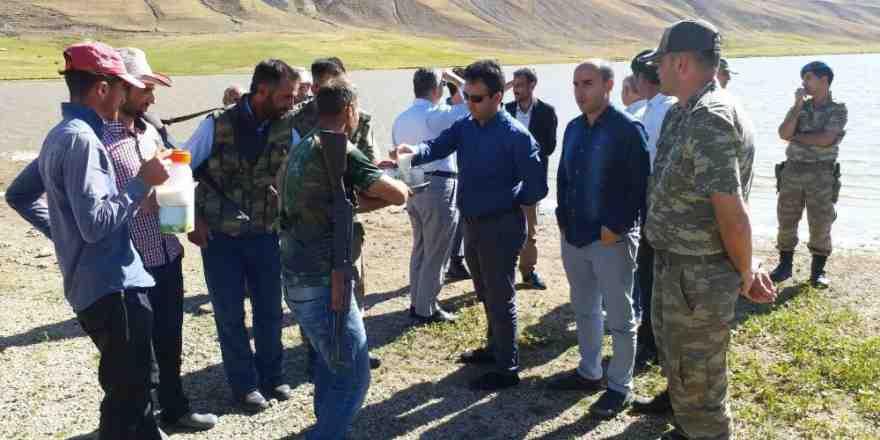 Kaymakam Dundar'ın mahalle ve mezra ziyaretleri devam ediyor