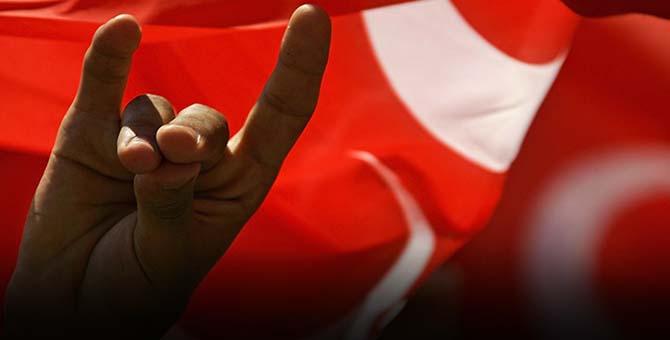MHP'de Büyük Şok: Toplu İstifa Geldi !