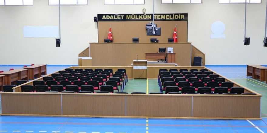 76 sanıklı FETÖ davası spor salonunda görülecek