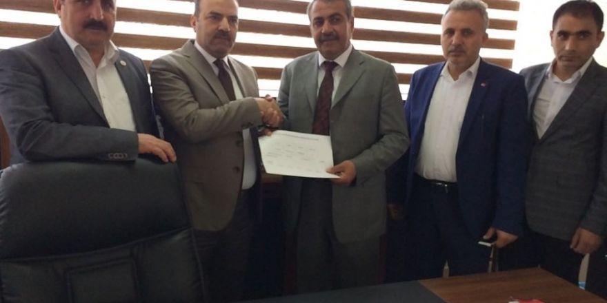 AK Parti'den 'Türkiye Güzeli'ne İl Kadın Kolları Başkanlığı görevi!