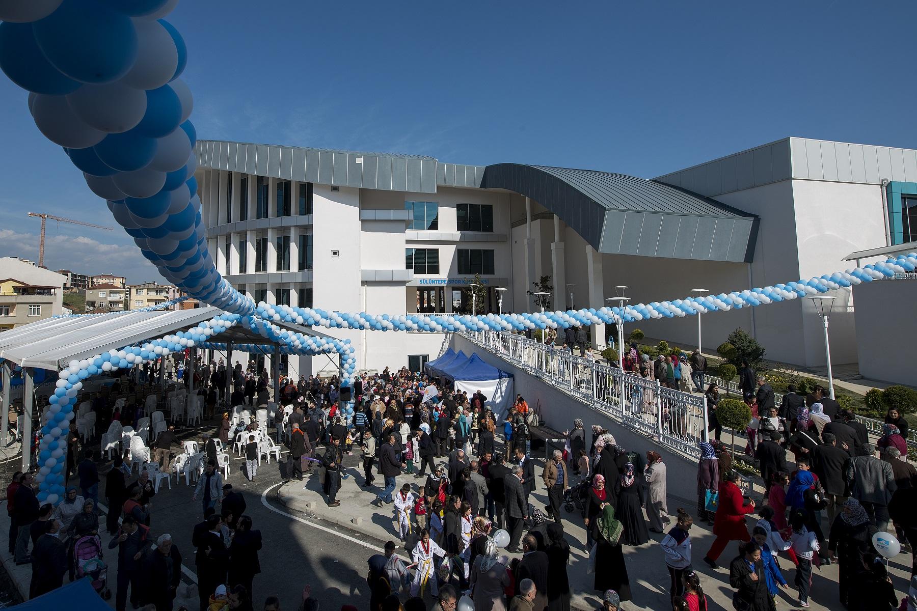 Pendik'te Dev Spor Kompleksi Açıldı