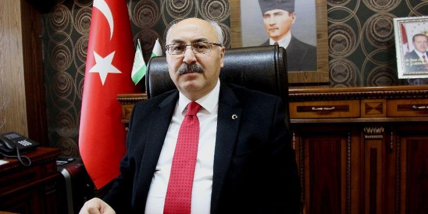 İstanbul Valisi: Zırhlı birlikler yola çıktı