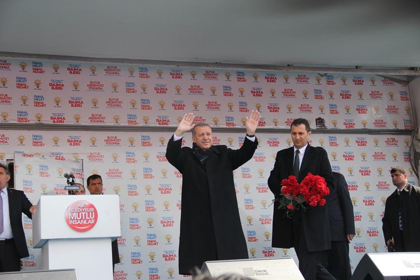 Başbakan Recep Tayip Erdoğan Kartal'lılara hitap etti