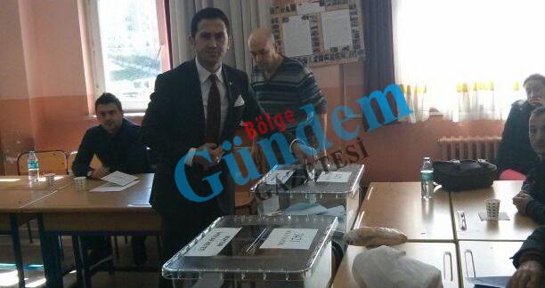 Mhp Pendik İlçe Başkanı İbrahim Çamda Oyunu Kullandı