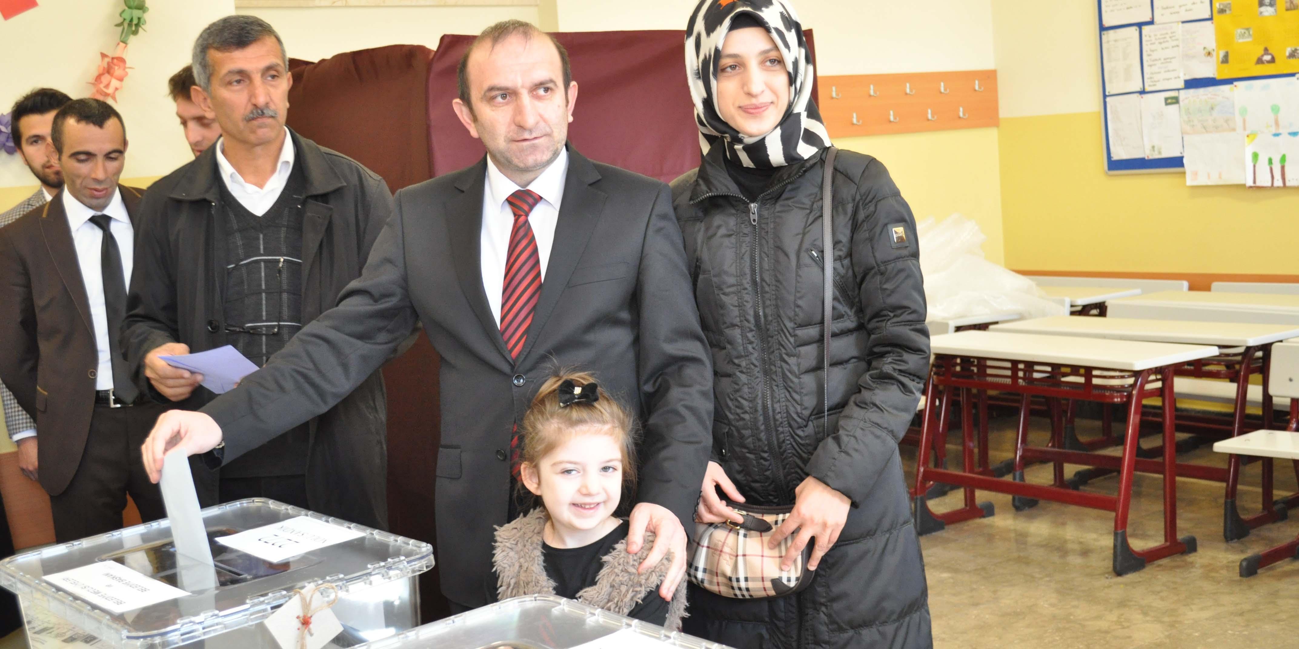 """Turgay Kılıç """"İstikrar sürsün, Türkiye büyüsün """""""