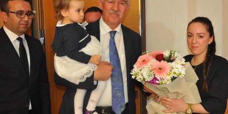 Diyarbakır'da Bomba Yüklü Araçla Saldırı!
