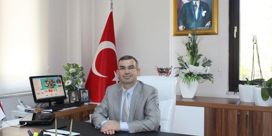 Beyoğlu'ndaki şüpheli paket fünyeyle patlatıldı