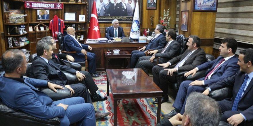 Başbakan Yıldırım'dan gündeme dair açıklamalar