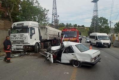 Pendik'te Aşırı Hız Sonucu Kaza: 1 Yaralı