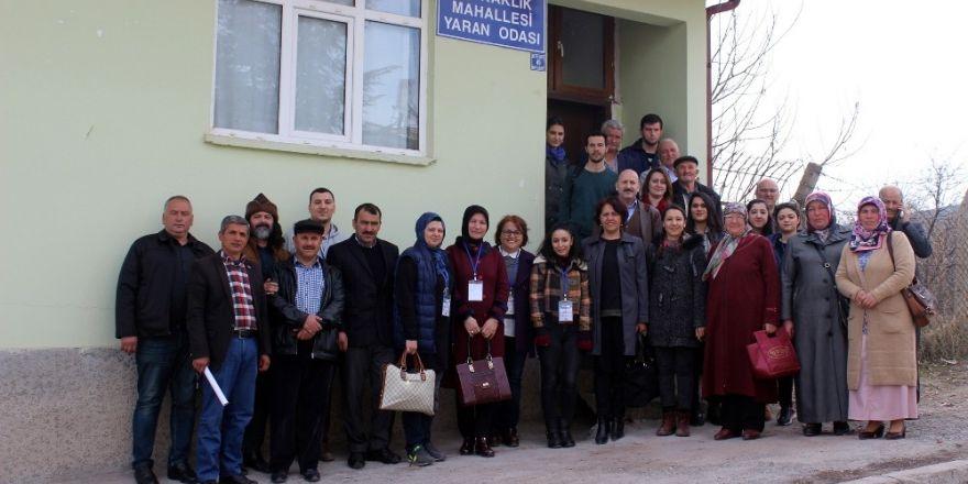 İstanbul'da polis okullarına FETÖ operasyonu