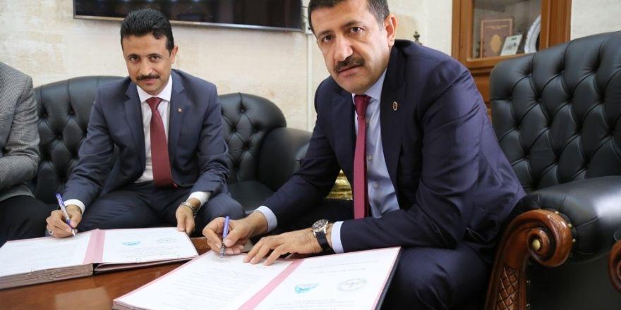 İzmir'de PKK'ya ait cephanelik bulundu