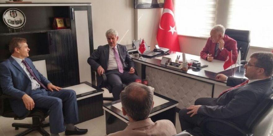 İzmir şehit polisini uğurladı