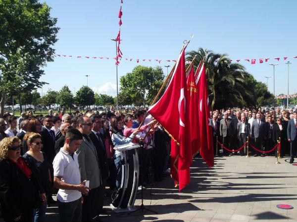 Kartal'da Buruk 19 Mayıs Bayram Töreni