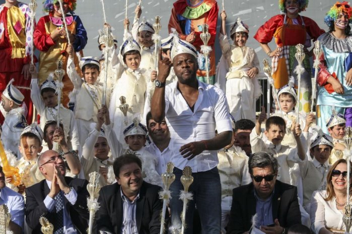 Pascal Nouma Maltepe'de 500. çocuğun  kirvesi oldu
