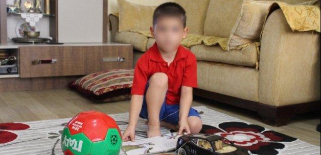 Doktor 4 yaşındaki çocuğu şikayet etti