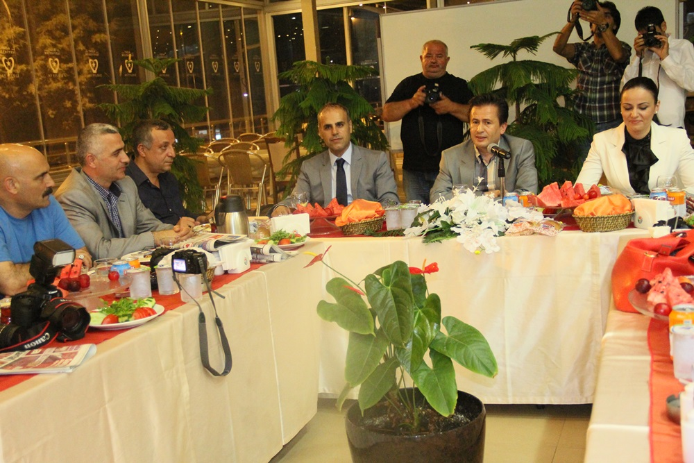 Şadi Yazıcı, Basın mensupları ile sahurda bir araya geldi.