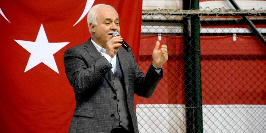 Nihat Hatipoğlu Giresun'da 'Şühedanın izinde' konferansına katıldı