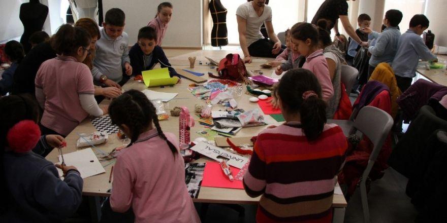 İlkokul öğrencileri, giyilebilir teknoloji ürünleri tasarladı