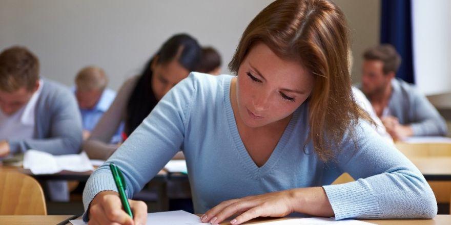 Öğrenci koçları ders başarısını artırıyor