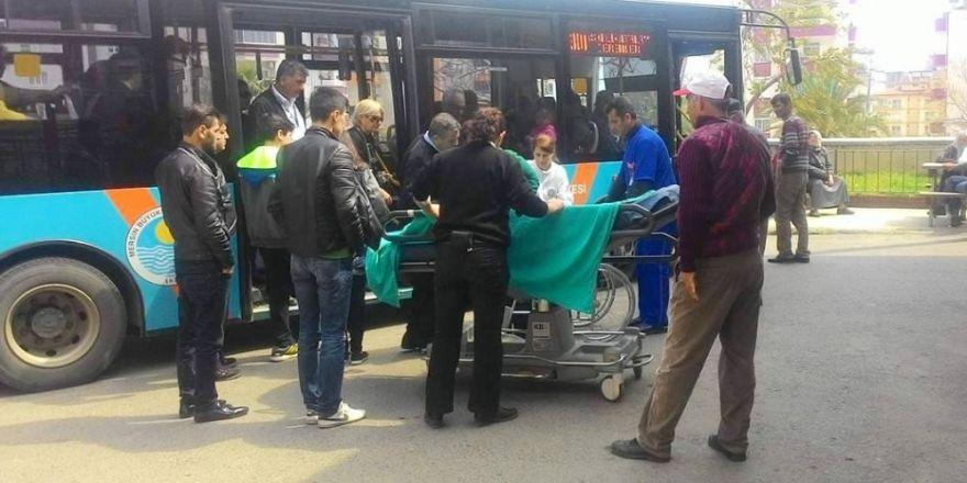 Fenalaşan yolcuyu belediye otobüsüyle hastaneye yetiştirdi