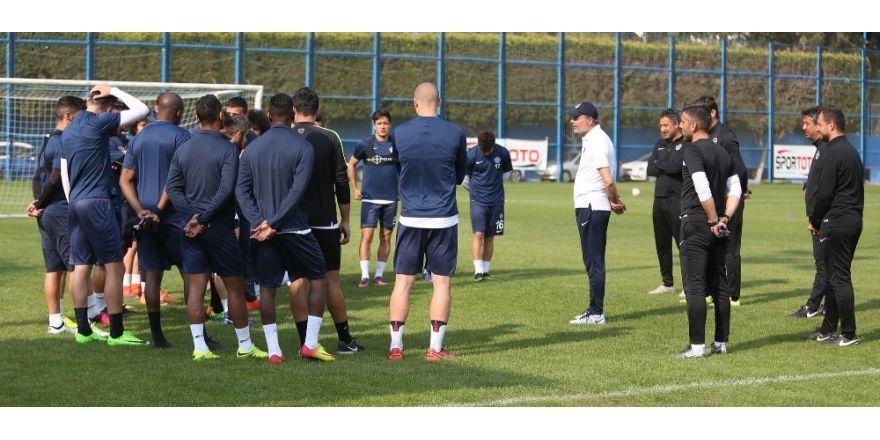 Adana Demirspor tempo arttırdı